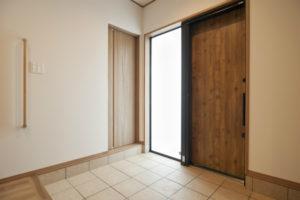 奈良市N様邸玄関